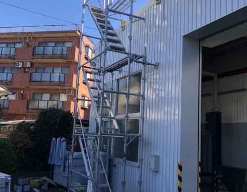 川崎市車工場昇降設備